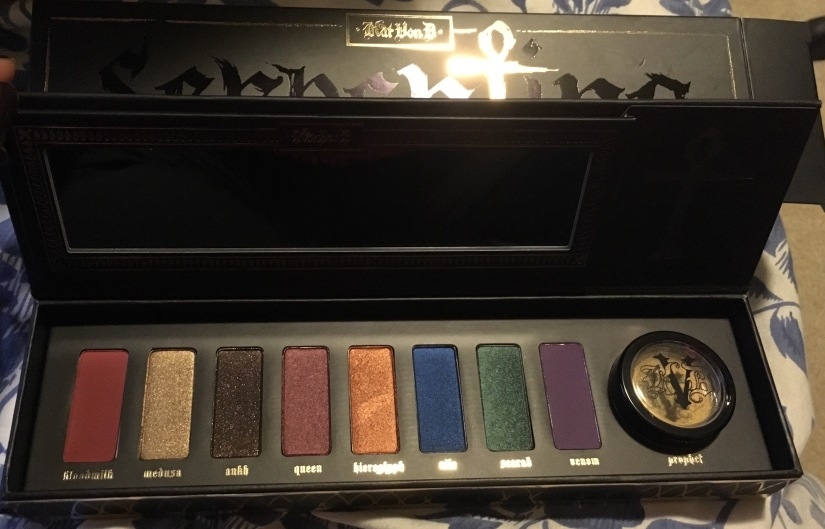 Kat Von D's Limited Edition Serpentina Palette